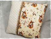 Konie / mustangi - duża poduszka dekoracyjna