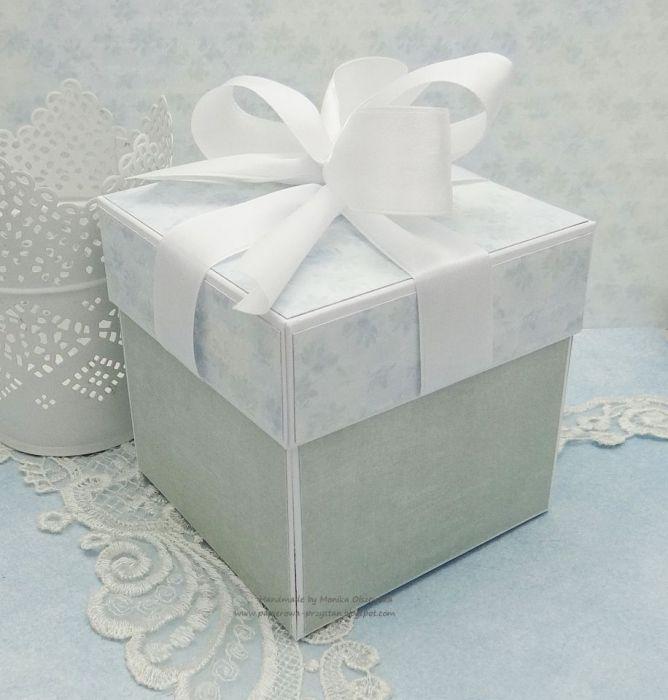 Komunijny box z pudełkiem na prezent 1