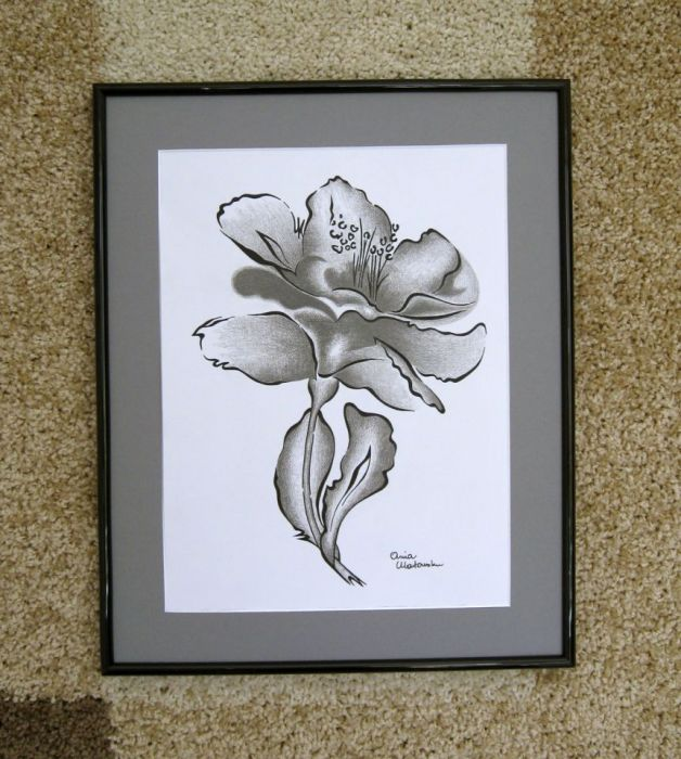 Różanecznik - grafika czarno - biała.