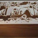 Szkatułka drewniana z ręcznie wyciętym motywem Chrysler