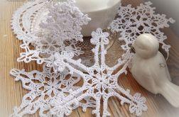 Śnieżynki choinkowe, gwiazdki szydełkowe