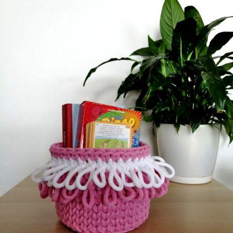 Koszyk na szydełku, koszyk ze sznurka róż KS0