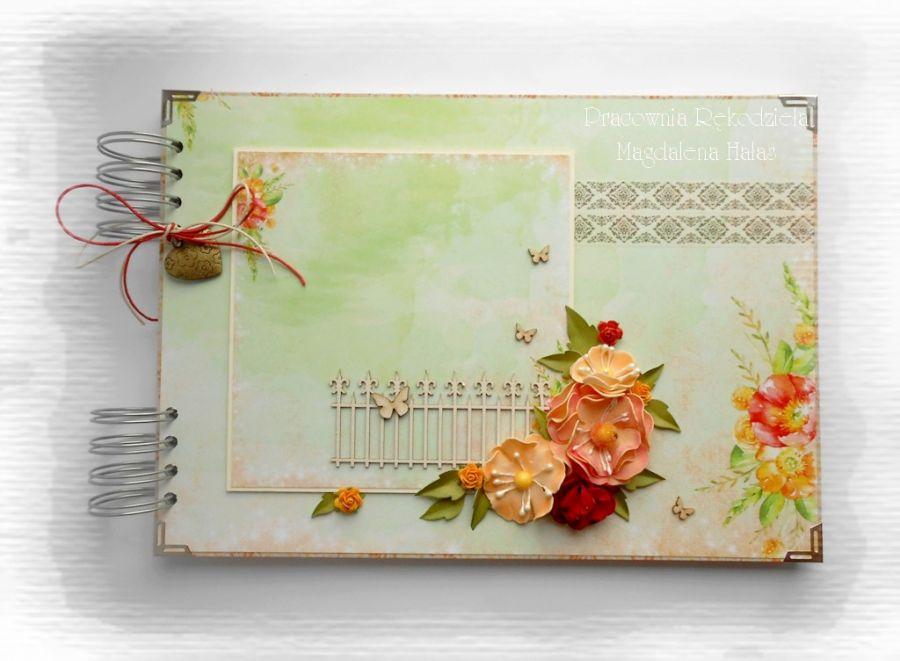 Album w pudełku zielono-pomarańczowy