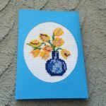 Kartka z haftowanymi tulipanami - Kartka okolicznościowa uniwersalna handmade