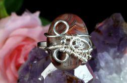 Srebrny pierścionek z agatem koronkowym