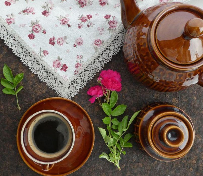 Serweta różyczki bordowe