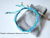 Niebieska makramowa bransoletka