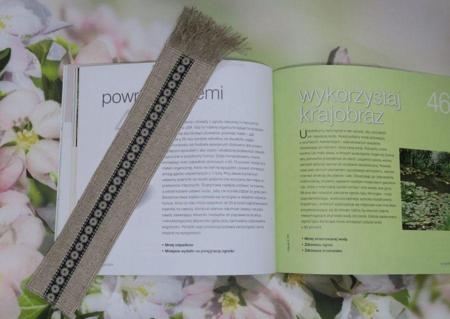 Lniana zakładka do książki z frędzlami