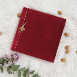 Welurowy, bordowy album tradycyjny
