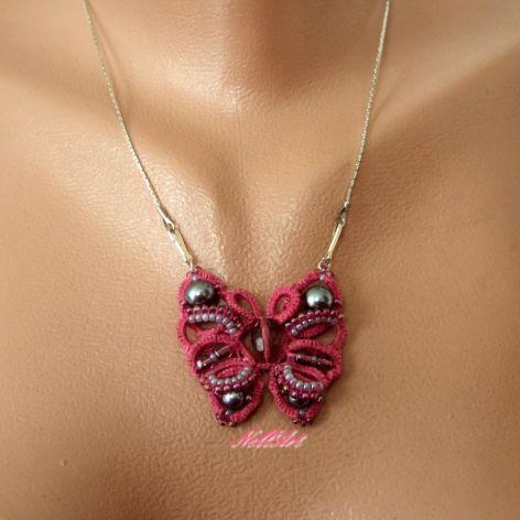 frywolitkowy wisior motyl
