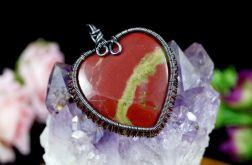 Miedziany wisior z heliotropem czerwony serce