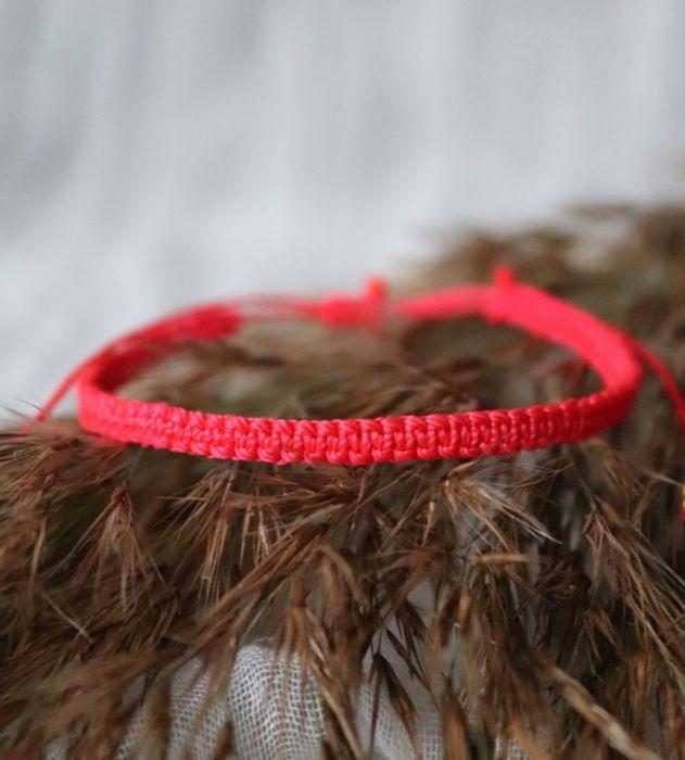 Czerwona bransoletka Relva - czerwona bransoletka na nadgarstek