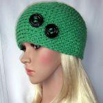 Zielona ozdobna czapka z guziczkami - Zielona