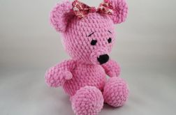 szydełkowa maskotka - różowa Misia