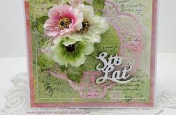 Z bukietem kwiatów kartka z pudełkiem