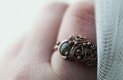 Leticia - pierścień z labradorytem