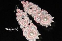 Różowo-szaro-białe kolczyki sutasz