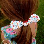 Gumka do włosów - kwadraty 2 - Fabricate - Gumeczka wplątana we włosy modelki