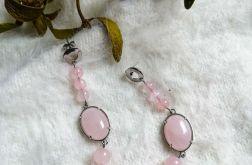 Kolczyki z kwarcem różowym.