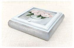 Toaletka na biżuterię z lusterkiem ~Róże~
