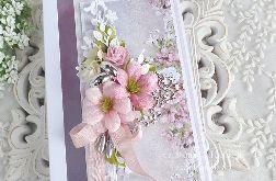 Ślubna kartka w pudełku 320