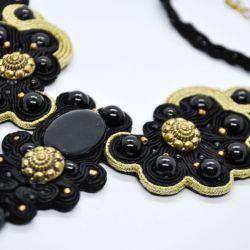 Czarno-złoty naszyjnik soutache