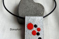 Minimalistyczny naszyjnik ręcznie malowany