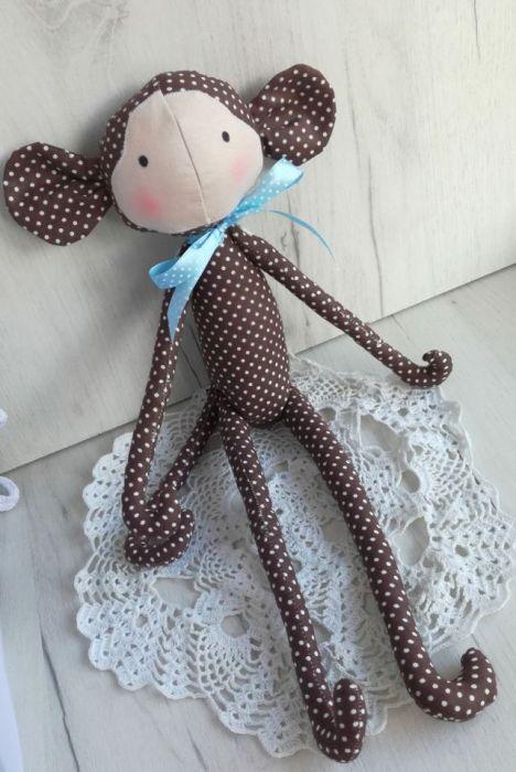 Małpka Tilda brązowa przytulanka