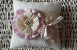 Poduszka na obrączki różowy kwiat