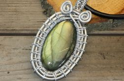 Wisior wire wrapping owal z labradorytem