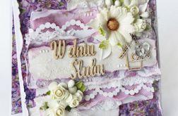 Fioletowa kartka ślubna w pudełku