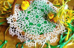 Oryginalna frywolitka na koszyczek serwetka