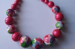 naszyjnik korale derwniane w pastelowe kwiaty