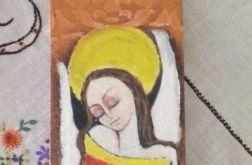 Anioł zamyślony w żółtej sukience - deska