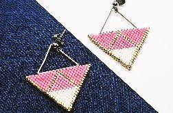 Różowe trójkąty
