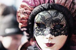 Biżuteria karnawałowa