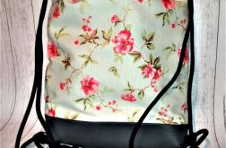 Plecak damski młodzieżowy drobne różyczki