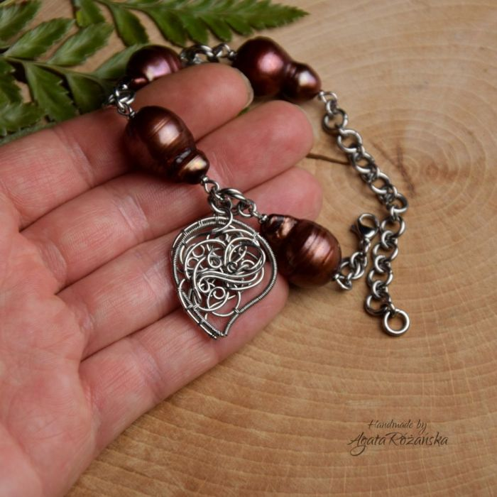 Bransoletka regulowana brązowe perły barokowe - Zrobiona ręcznie techniką wire wrapping