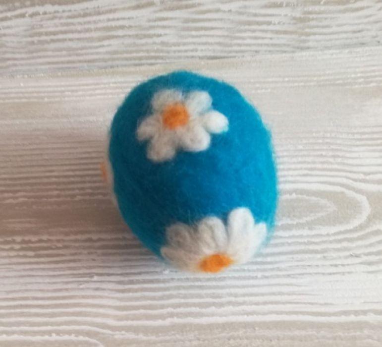 Jajko wełną zdobione - Nietłukąca pisanka