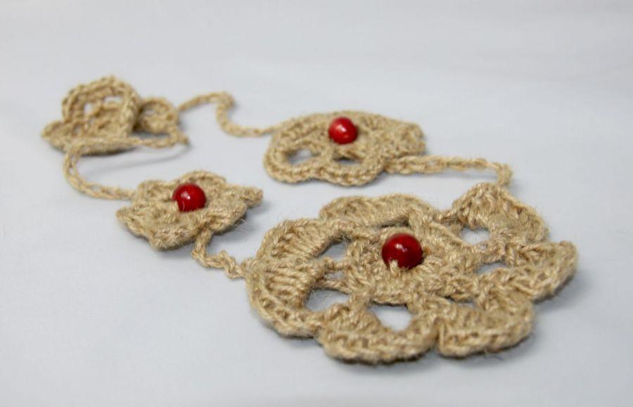 Naturalna biżuteria - wisiorek z koralami