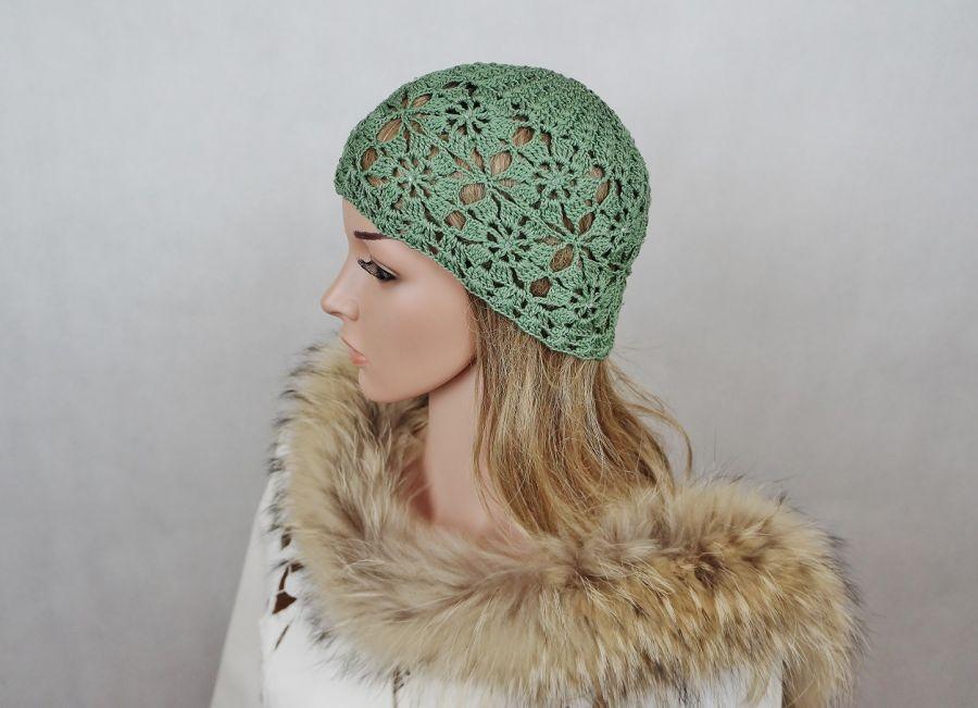 Czapka w zieleni z bawełny - czapka szydełkowa