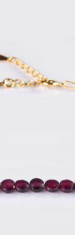Bransoletka łańcuszkowa ze srebra pozłacanego z granatami