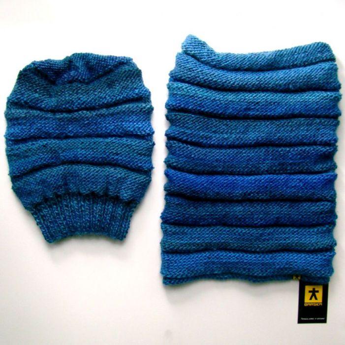 komplet w błękitach - czapka i komin