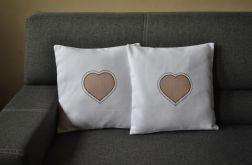 Poszewka dekoracyjna - beżowe serce