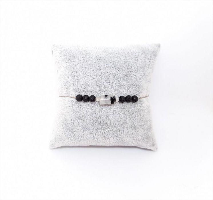 Kryształ górski z turmalinem jedwabna nitka - Biało-czarna bransoletka