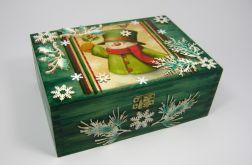 Zielone pudełko z bałwankiem