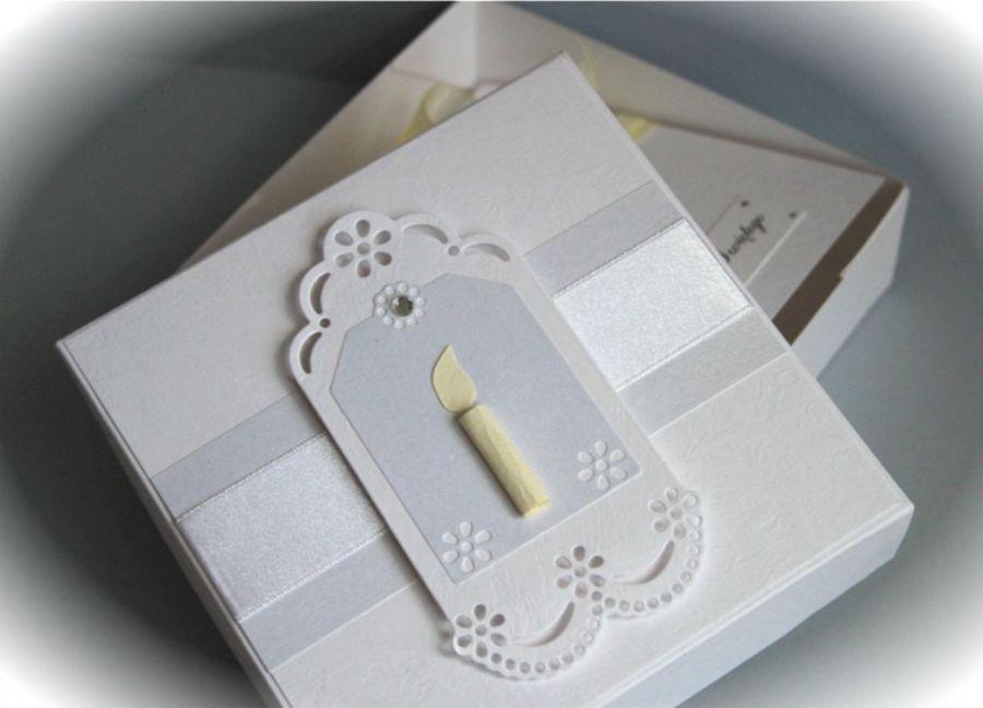 Pamiątka Chrztu Św. w pudełku ze świecą