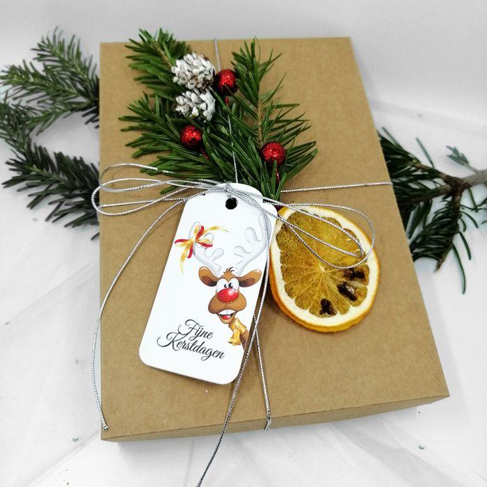 Kartka świąteczna pachnąca z gałązką BNR 020 - Kartka na boże narodzenie pachnąca z gałązką świerku (4)