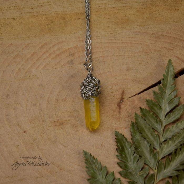 Wisiorek talizman żółty kryształ górski surowy - Zawieszony na regulowanym lańcuszku