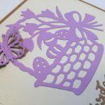 Kartka wielkanocna - fioletowy koszyczek - motylek 3D